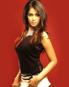 mondaL.mw.Lt:: Wallpaper:: Bollywood Actress :: Sonam Kapoor