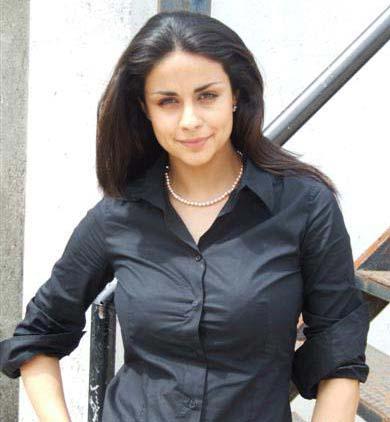 mondaL.mw.Lt :: Wallpaper :: Bollywood Actress:: Gul Panag